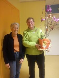 CECL - La présidente remercie Suzette pour ses 34 ans au service de l'Association