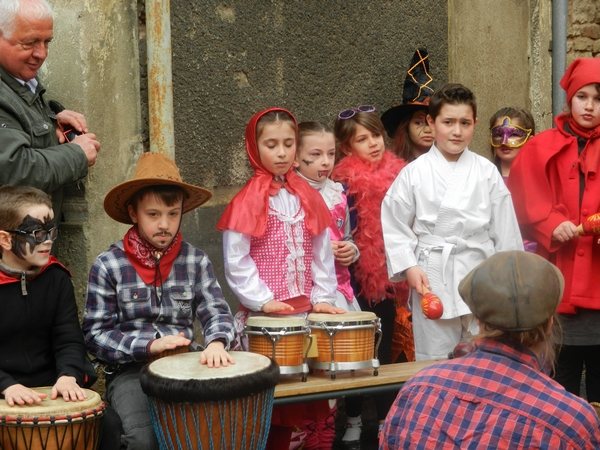 Les musiciens en herbe concentrés pour la Batucada de RécréaMômes