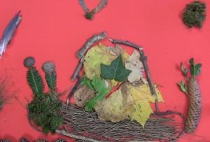 Comme partout, l'automne est arrivé au Centre de Loisirs de Viré… Après une balade sous le soleil et une récolte d'éléments de saison, les enfants ont réalisé un tableau animé… l'escargot animé !